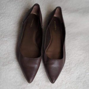 Pesaro Brown Pointy Toe Flats Size 8.5